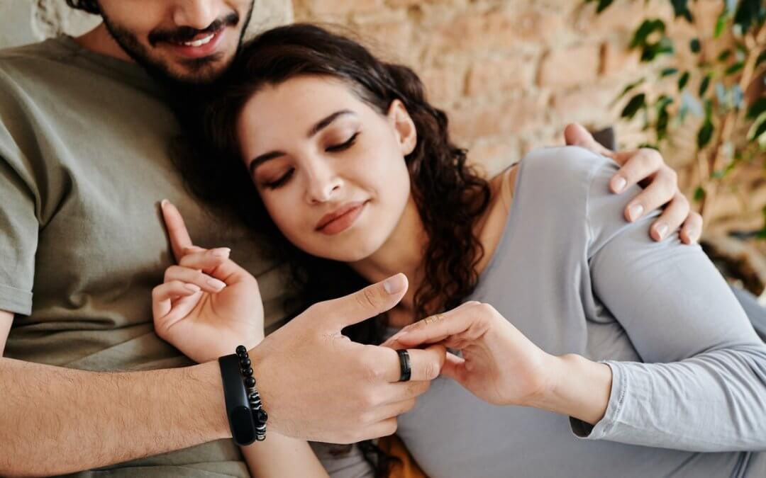 Should I choose an expatriate marriage in Bahrain Vs Malta